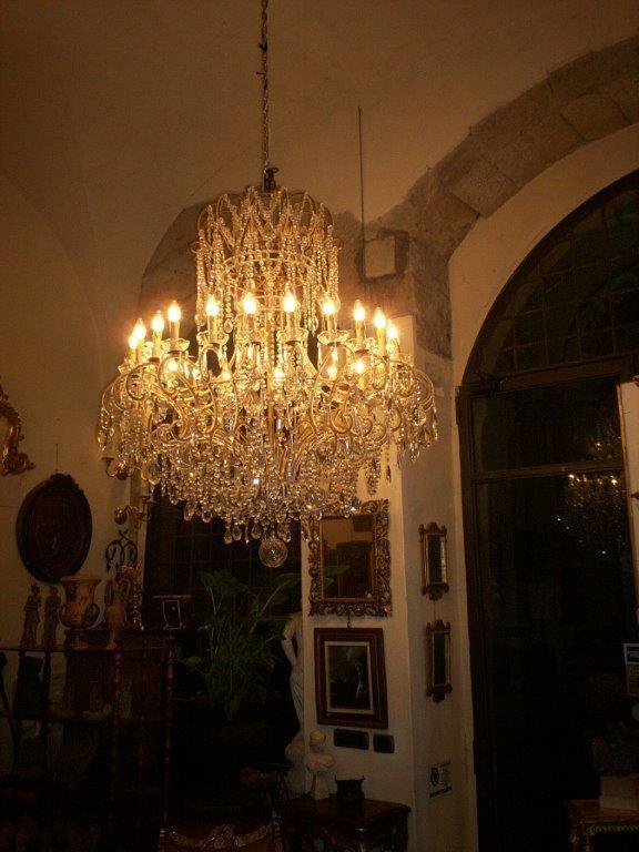 lustre royal pampille une pure merveille luxury. Black Bedroom Furniture Sets. Home Design Ideas
