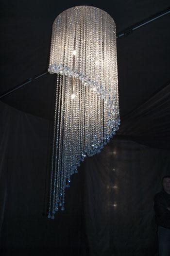 lustre design pampilles de cristal swarovski spirale luxury chandeliers. Black Bedroom Furniture Sets. Home Design Ideas