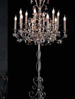 Lustres sur pied, lampadaires à pendeloques, lampes à poser et girandoles