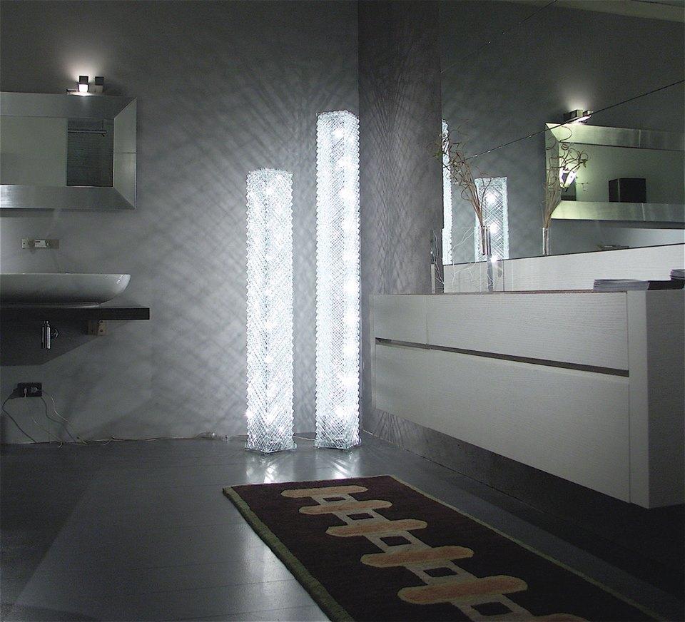 lampe artisanale en forme de grille de verre luxury chandeliers. Black Bedroom Furniture Sets. Home Design Ideas