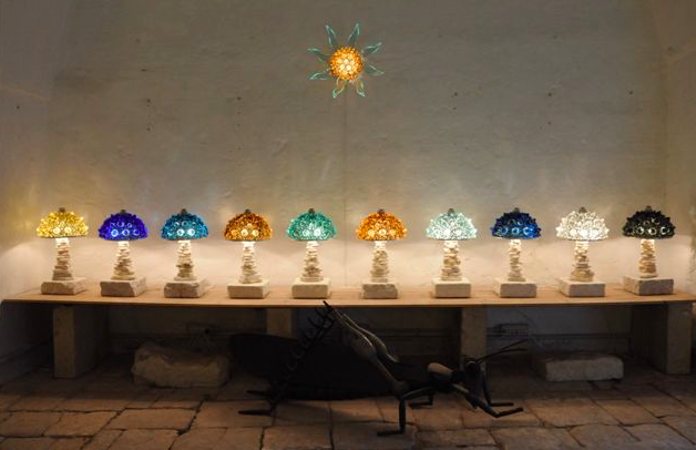 Venez découvrir nos nouvelles lampes faites de verre recyclé