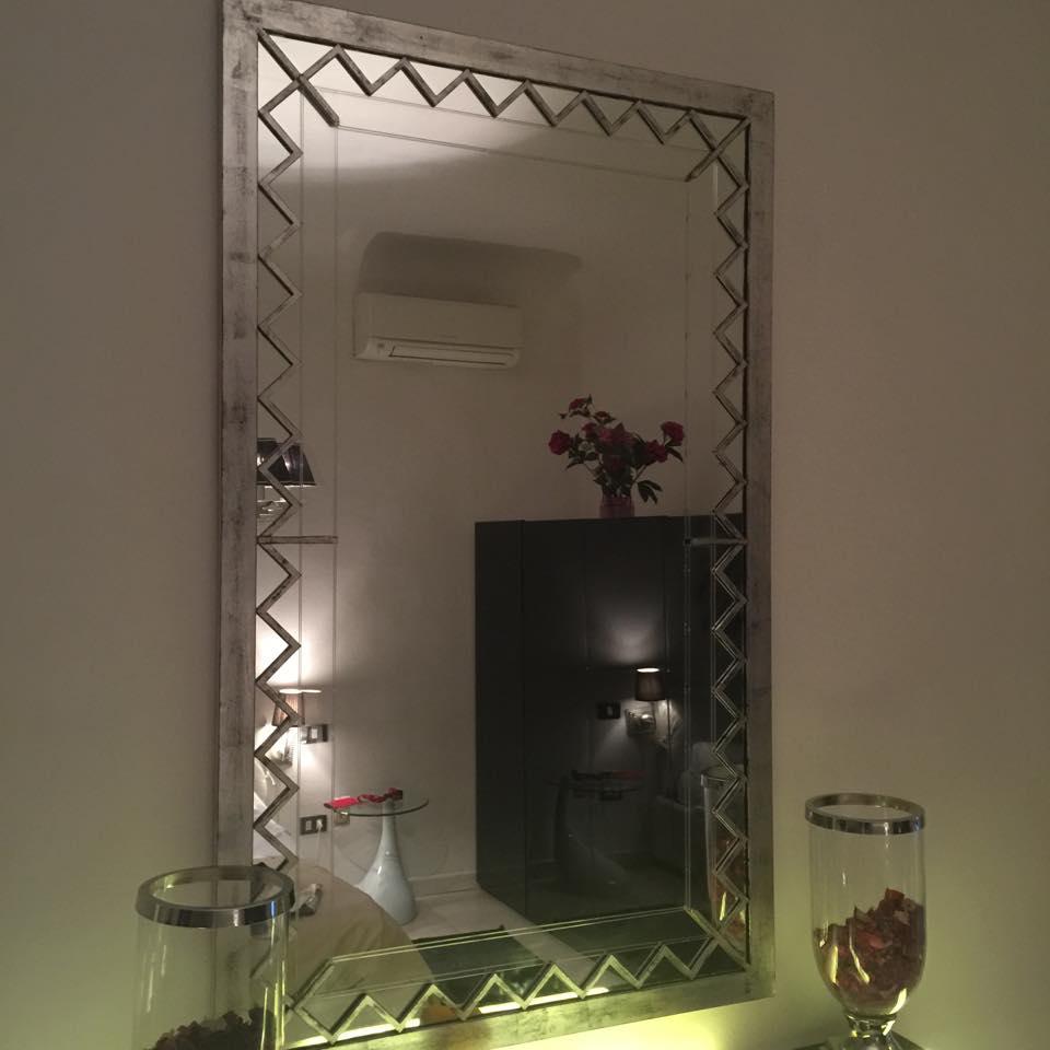 Miroir artisanal d 39 inspiration art d co luxury chandeliers for Miroir artisanal